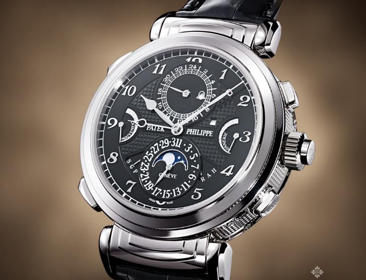 百达翡丽手表维修中心手表展示